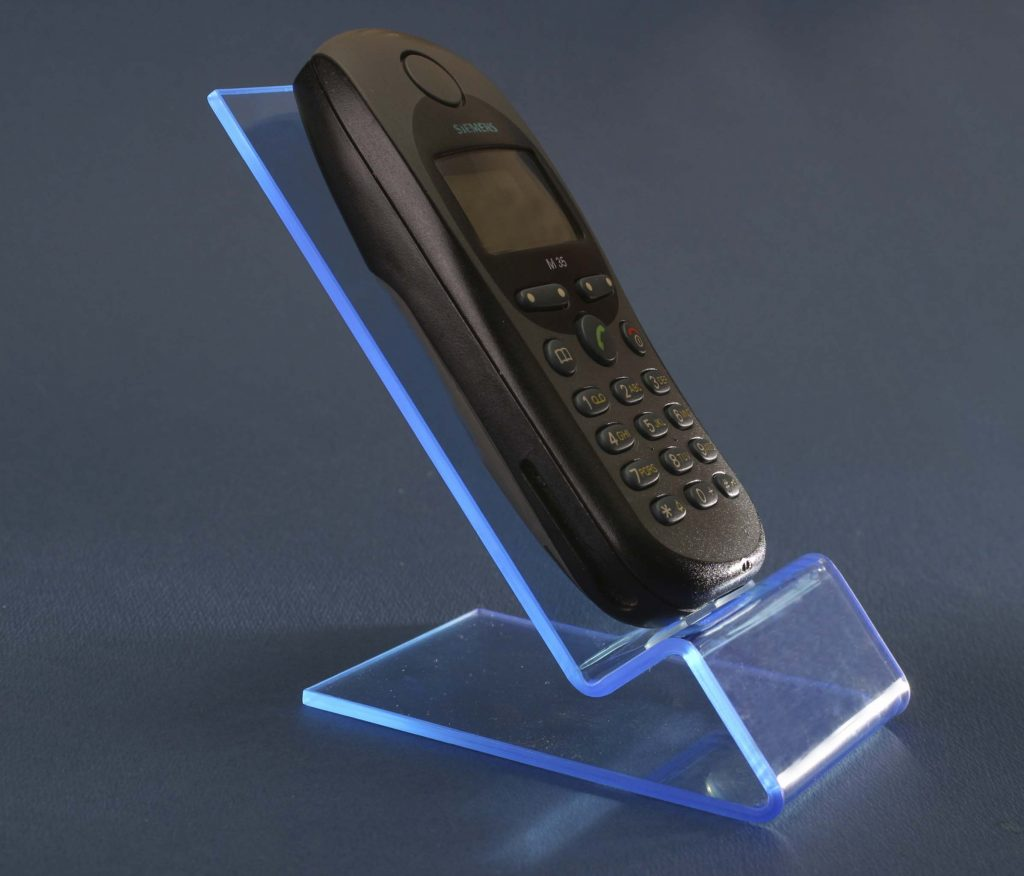 UV reaktív plexi mobiltelefontartó