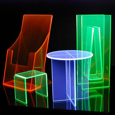 UV reaktív plexi termékek