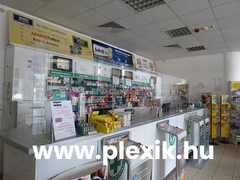 Gyógyszertári leheletvédő plexifal